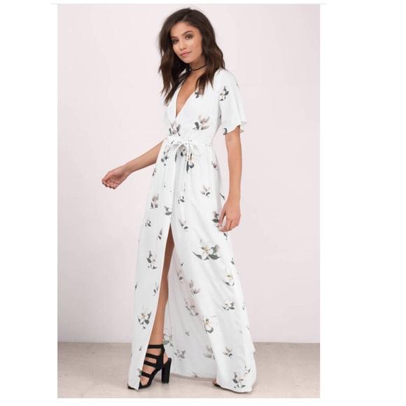 Tobi Dresses & Skirts - Dress
